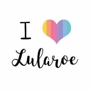 BUNDLES AVAILABLE 💟All Lularoe listings➡️➡️